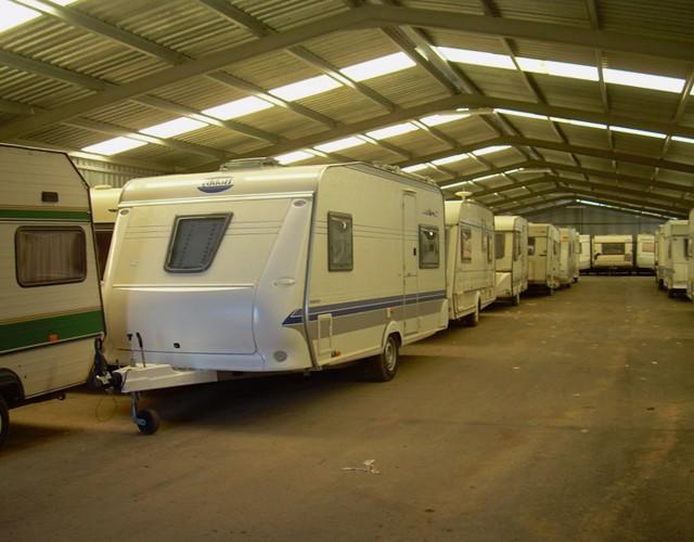 garage-caravane